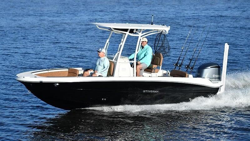 236CC Deck Boat