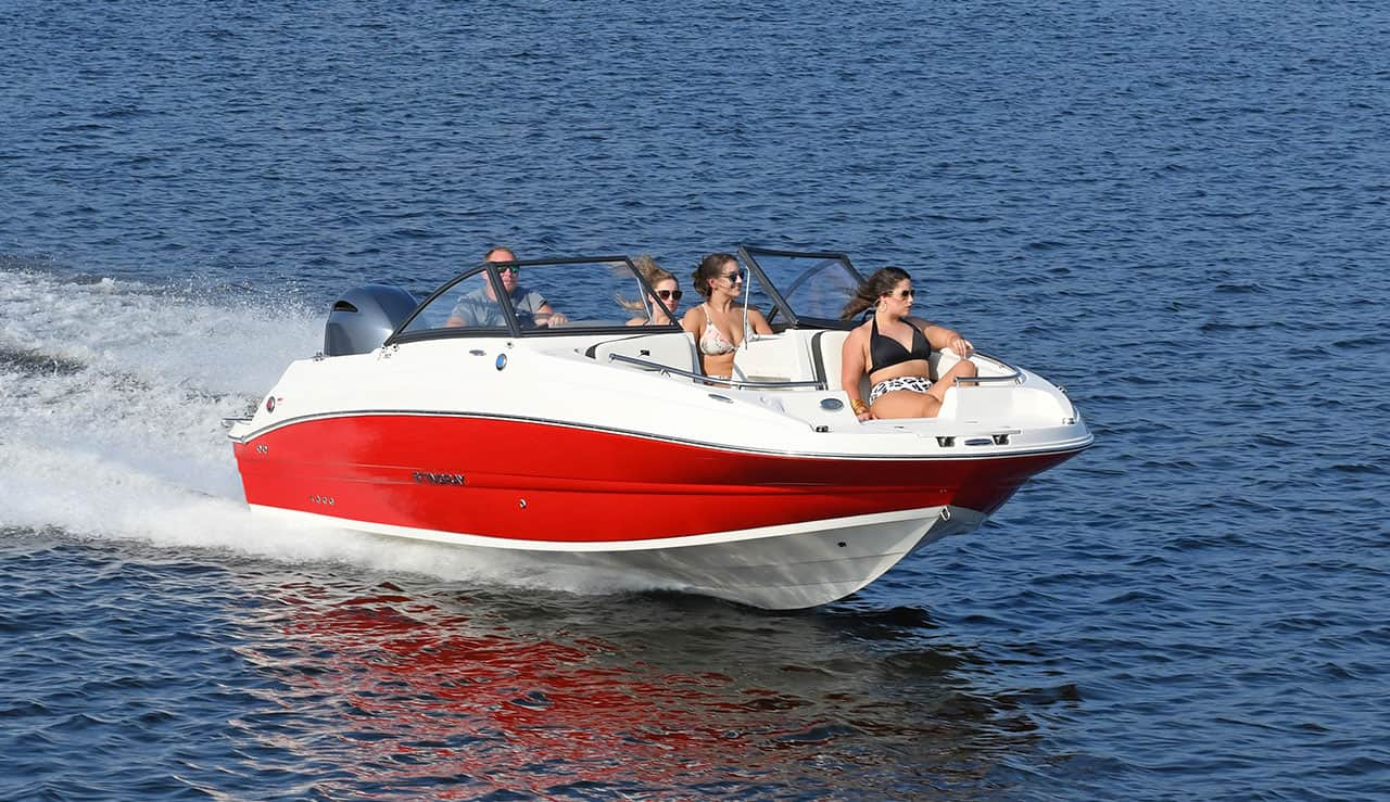 Stingray-Boats-Hull-Color_Red