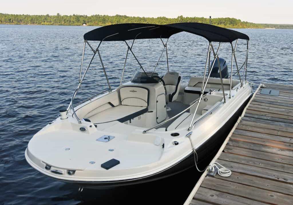 192sc-deck-boat-detail-12