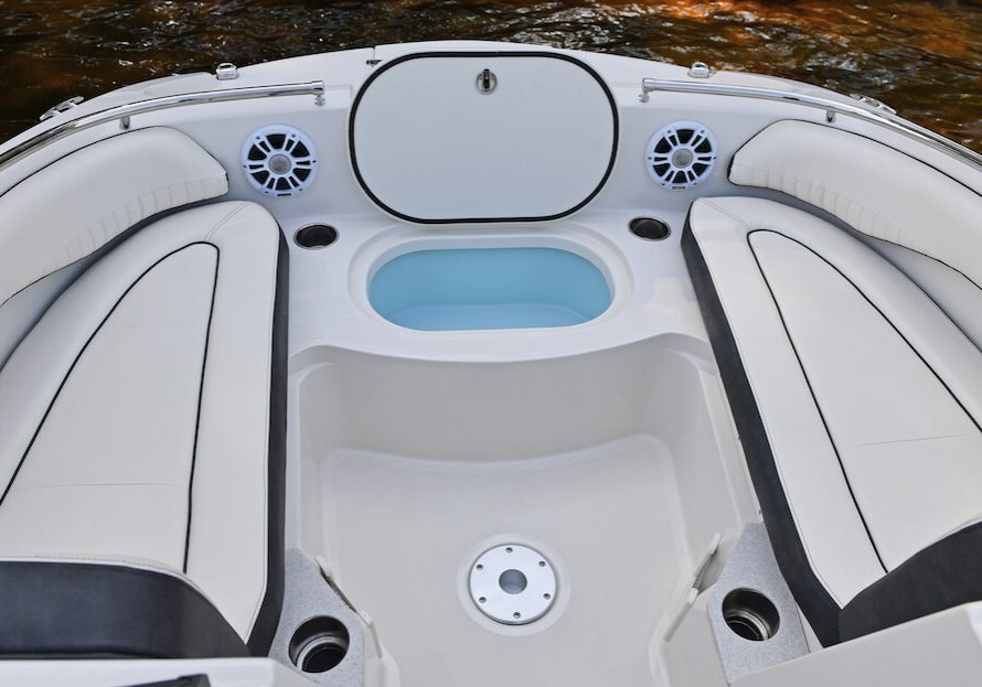 201ds-deck-boat-detail-23