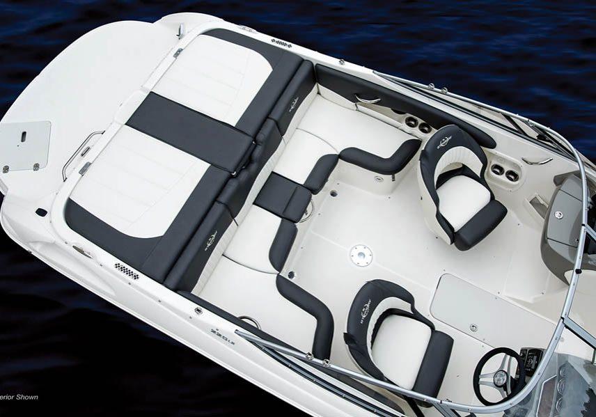 225LR_interior overview